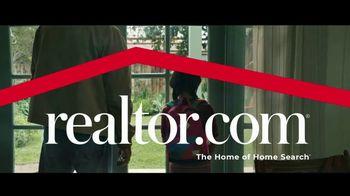 Realtor.com TV Spot, 'Dog' - Thumbnail 9