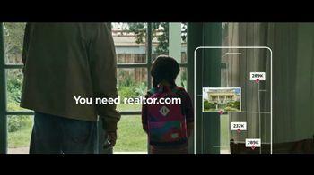 Realtor.com TV Spot, 'Dog' - Thumbnail 8