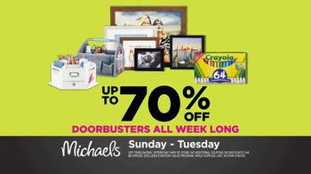 Michaels Spring Black Friday TV Spot, 'Doorbusters Every Day' - Thumbnail 4