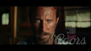 Coors Banquet TV Spot, 'Carry the West: Earned SL' [Spanish] - Thumbnail 10