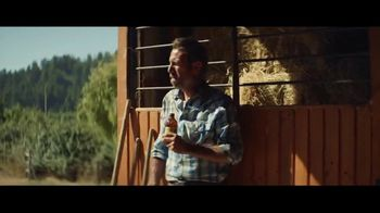 Coors Banquet TV Spot, 'Carry the West: Earned SL' [Spanish] - Thumbnail 9