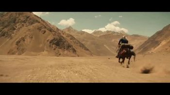 Coors Banquet TV Spot, 'Carry the West: Go Your Own Way SL' [Spanish] - Thumbnail 2