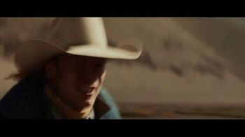 Coors Banquet TV Spot, 'Carry the West: Go Your Own Way SL' [Spanish] - Thumbnail 5
