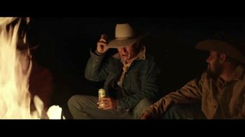 Coors Banquet TV Spot, 'Carry the West: Go Your Own Way SL' [Spanish] - Thumbnail 7