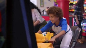 Chuck E. Cheese's TV Spot, 'Put a Smile on Their Face' - Thumbnail 3