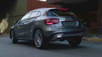 2018 Mercedes-Benz GLA TV Spot, 'Getaway'