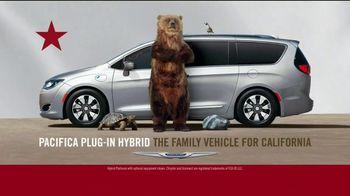 Chrysler Spring Sales Event TV Spot, 'Camping' [T2] - Thumbnail 7