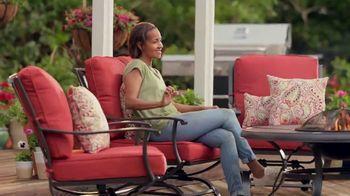 The Home Depot TV Spot, 'Esta primavera' [Spanish] - Thumbnail 10