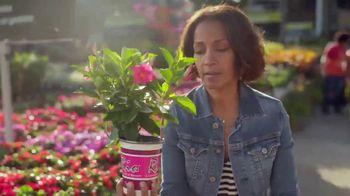 The Home Depot TV Spot, 'Esta primavera' [Spanish] - Thumbnail 4