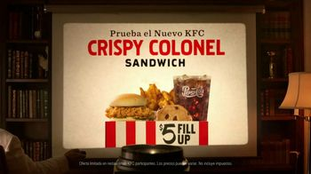 KFC Crispy Colonel Sandwich TV Spot, 'Shhh' [Spanish] - Thumbnail 5