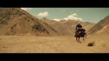 Coors Banquet TV Spot, 'Carry the West: Go Your Own Way' Song by Goodnight, Texas - Thumbnail 2