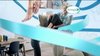 Amopé Pedi Perfect TV Spot, 'Give the Gift of Effortlessly Smooth Feet' - Thumbnail 3