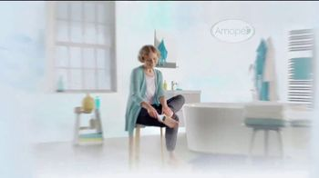 Amopé Pedi Perfect TV Spot, 'Give the Gift of Effortlessly Smooth Feet' - Thumbnail 4