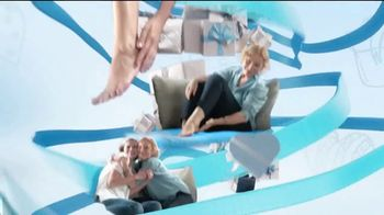 Amopé Pedi Perfect TV Spot, 'Give the Gift of Effortlessly Smooth Feet' - Thumbnail 8
