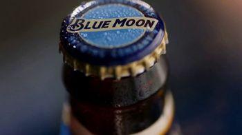Blue Moon TV Spot, 'Rise Up: Bottle EL' Song by The Quantic Soul Orchestra - Thumbnail 1