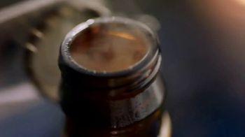 Blue Moon TV Spot, 'Rise Up: Bottle EL' Song by The Quantic Soul Orchestra - Thumbnail 2