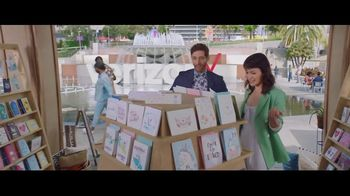 Verizon Unlimited TV Spot, 'Mother's Day Card' Featuring Thomas Middleditch