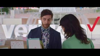 Verizon TV Spot, 'Mother's Day: Card' Featuring Thomas Middleditch - Thumbnail 4