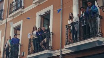 Pepsi TV Spot, 'Paint the World Blue' con Lionel Messi [Spanish] - Thumbnail 10