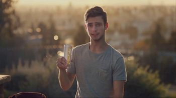 Diet Coke Twisted Mango TV Spot, 'It's a Wild Child' - Thumbnail 6