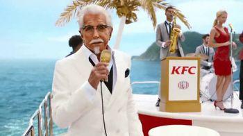 KFC Crispy Colonel Sandwich TV Spot, 'Bossa Crispy' Feat. George Hamilton