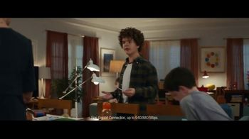Fios by Verizon TV Spot, 'Working Conditions' Featuring Gaten Matarazzo - Thumbnail 6