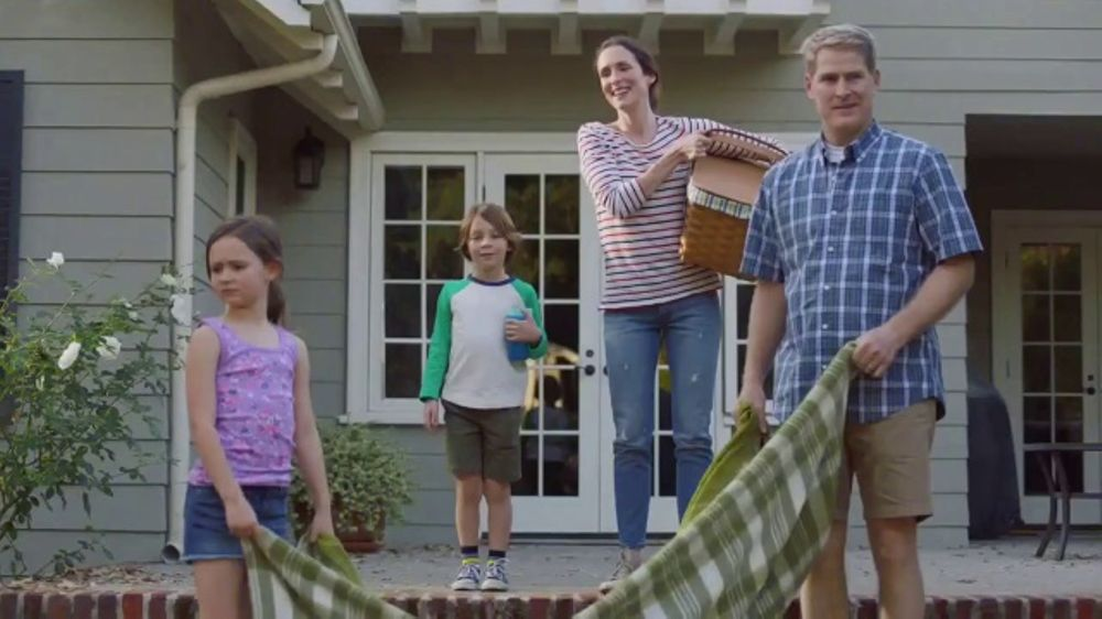 Lowe's TV Commercial, 'Lawn Care Moment: Roundup Refill' - Video