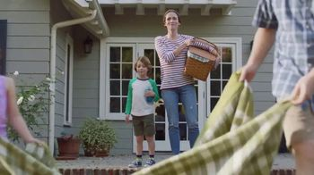 Lowe's TV Spot, 'Lawn Care Moment: Roundup Refill' - Thumbnail 2