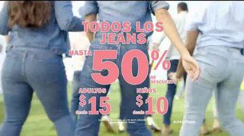 Old Navy TV Spot, 'Jeans para toda la familia' [Spanish] - Thumbnail 8