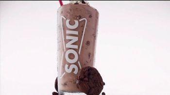 Sonic Drive-In Cookie Jar Shakes TV Spot, 'Una pareja perfecta' [Spanish] - Thumbnail 4