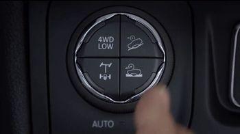 Jeep Auto Show Sales Event TV Spot, 'Dial' canción de Ana Tijoux [Spanish] [T2] - Thumbnail 1