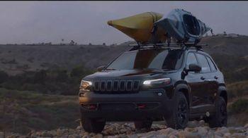 Jeep Auto Show Sales Event TV Spot, 'Dial' canción de Ana Tijoux [Spanish] [T2] - Thumbnail 2