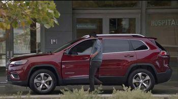 Jeep Auto Show Sales Event TV Spot, 'Dial' canción de Ana Tijoux [Spanish] [T2] - Thumbnail 8