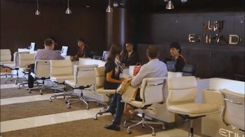 Etihad Airways TV Spot, 'Fine Dining and Luxury' - Thumbnail 4