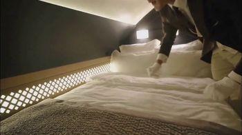 Etihad Airways TV Spot, 'Fine Dining and Luxury' - Thumbnail 8