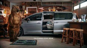 Chrysler Spring Sales Event TV Spot, 'Garage' [T2] - Thumbnail 2