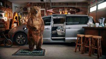 Chrysler Spring Sales Event TV Spot, 'Garage' [T2] - Thumbnail 3