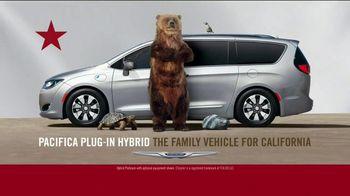 Chrysler Spring Sales Event TV Spot, 'Garage' [T2] - Thumbnail 7