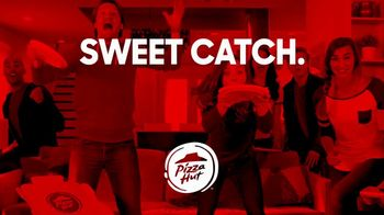 Pizza Hut TV Spot, 'Sweet Catch' - Thumbnail 6