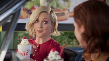 Sonic Drive-In Cookie Jar Shakes TV Spot, 'Wedding' Feat. Jane Krakowski - Thumbnail 4