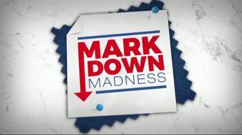 La-Z-Boy Mark Down Madness TV Spot, 'Cozy to Spacious' - Thumbnail 4