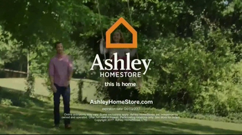 Ashley Homestore TV Spot, 'Outdoor Packages' - Thumbnail 9