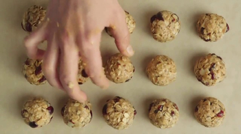 Lorissa's Kitchen Korean Barbeque TV Spot, 'Energy Balls' - Thumbnail 5