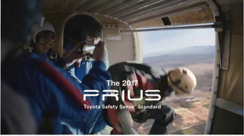 2017 Toyota Prius TV Spot, 'Skydiver: Crash Test Dummies' [T1] - Thumbnail 10
