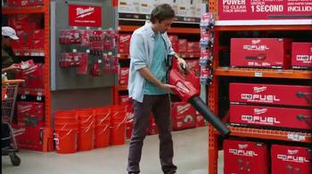 The Home Depot Spring Black Friday TV Spot, 'Al aire libre' [Spanish] - Thumbnail 3