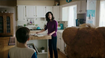 Nabisco Teddy SoftBakes TV Spot, 'Bear Hug' - Thumbnail 2
