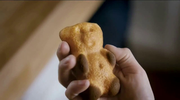 Nabisco Teddy SoftBakes TV Spot, 'Bear Hug' - Thumbnail 5