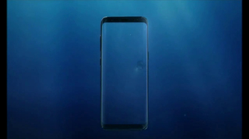 Samsung Galaxy S8 TV Spot, 'Unbox su teléfono: buceador' [Spanish] - Thumbnail 1