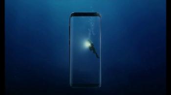 Samsung Galaxy S8 TV Spot, 'Unbox su teléfono: buceador' [Spanish] - Thumbnail 2