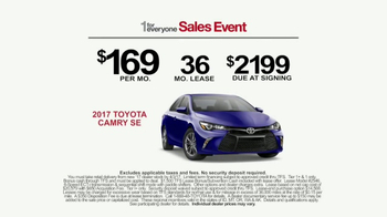 Toyota 1 For Everyone Sales Event TV Spot, '2017 Camry or Camry SE' [T2] - Thumbnail 9